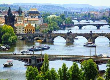 República Checa: Especial Semana Santa Praga al Completo