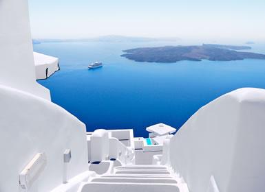 Atenas, Crucero de 4 Días y Santorini A Fondo