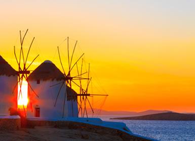 Viajes de novios baratos en Grecia: Atenas, Mykonos y Crucero de 4 días