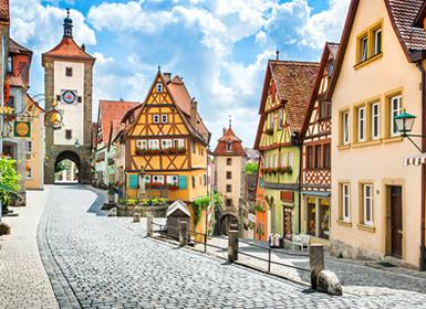 Alemania: Cruce entre la Ruta en Coche de las Fortificaciones y Ruta en Coche Romántica