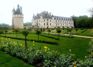 Viajes Francia 2019-2020: Castillos del Loira y Burdeos 5 días/4 noches