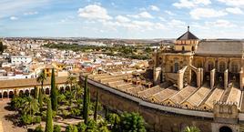 Córdoba con entrada a la Mezquita